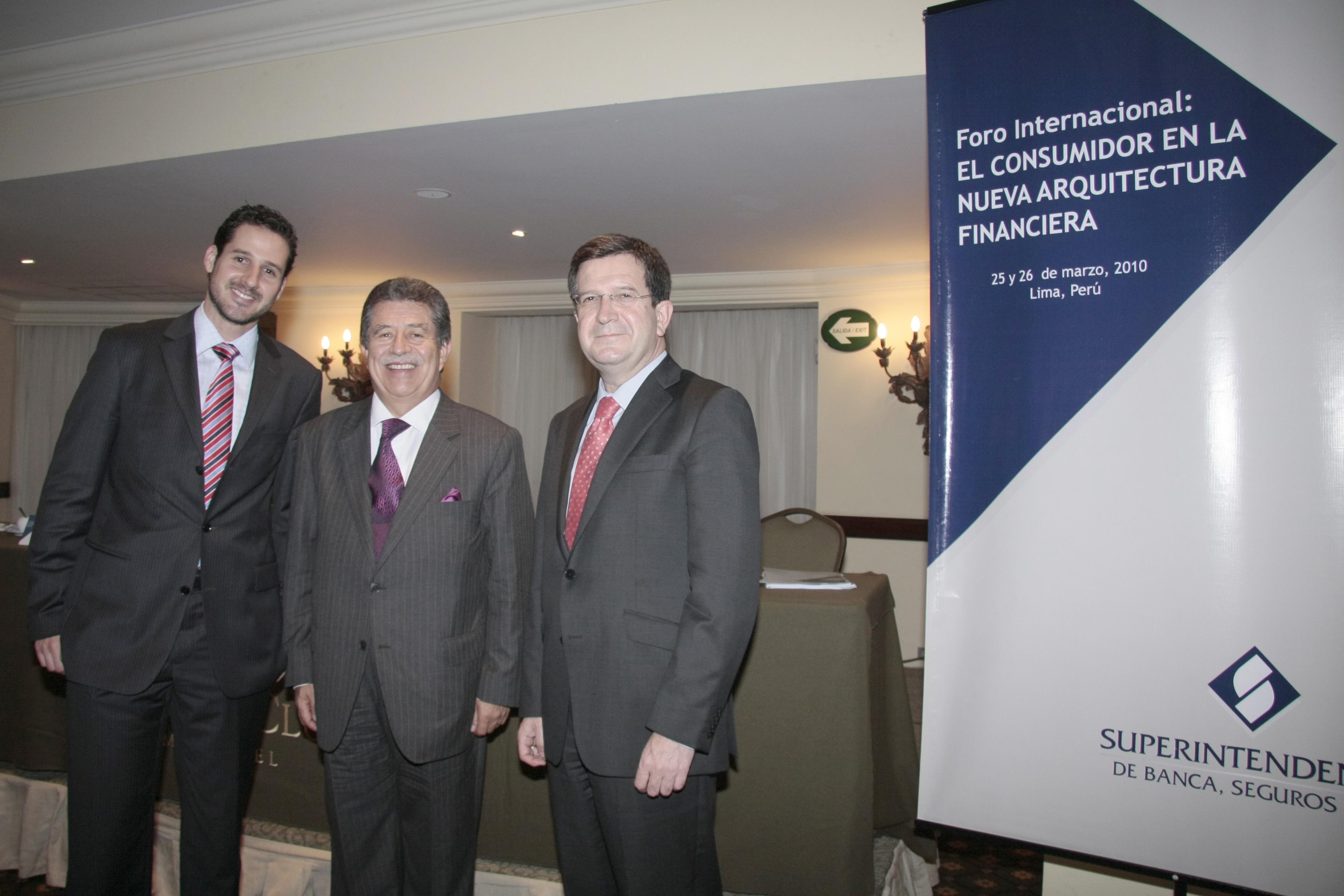 foroperu expertosinternacionales Foro internacional: el consumidor en la nueva arquitectura financiera