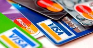 tarjetas de creditos 300x154 Bajan las comisiones por pago con tarjeta