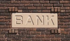 Chapman Bank Sign 300x175 EBA desarrolla la normativa en planes de recuperación bancaria