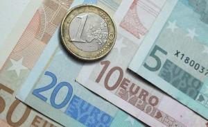 Euro 1 300x183 El mayor reto del sistema financiero para 2015