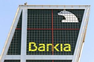 bankia1 300x200 Condenan a Bankia a indemnizar con 3,4 millones a 25 clientes por colocarles productos de Lehman Brothers