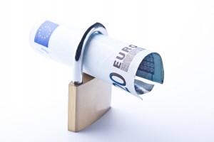 fotolia 41368253 m1 300x200 El Defensor del Pueblo aborda el problema de los prestamistas privados