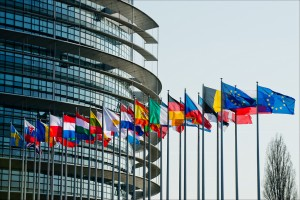 20140327pht40028 original 300x200 Resolución del Parlamento Europeo sobre retos en la Regulación Financiera