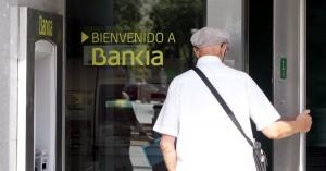 cliente bankia ep 300x157 Bankia deberá devolver medio millón de euros a un matrimonio por venderles preferentes sin informar del riesgo