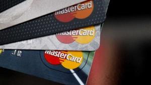 mastercard 300x169 MasterCard afronta la mayor demanda colectiva de Reino Unido