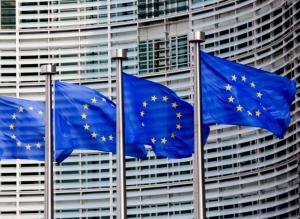 Imagen CE 300x219 UE: Plan de acción contra el elevado volumen de préstamos dudosos