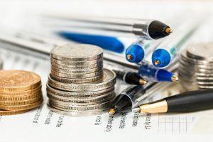 coins 948603 1920 300x200 El ministerio de Economía ultima la reforma del reglamento de fondos y planes de pensiones
