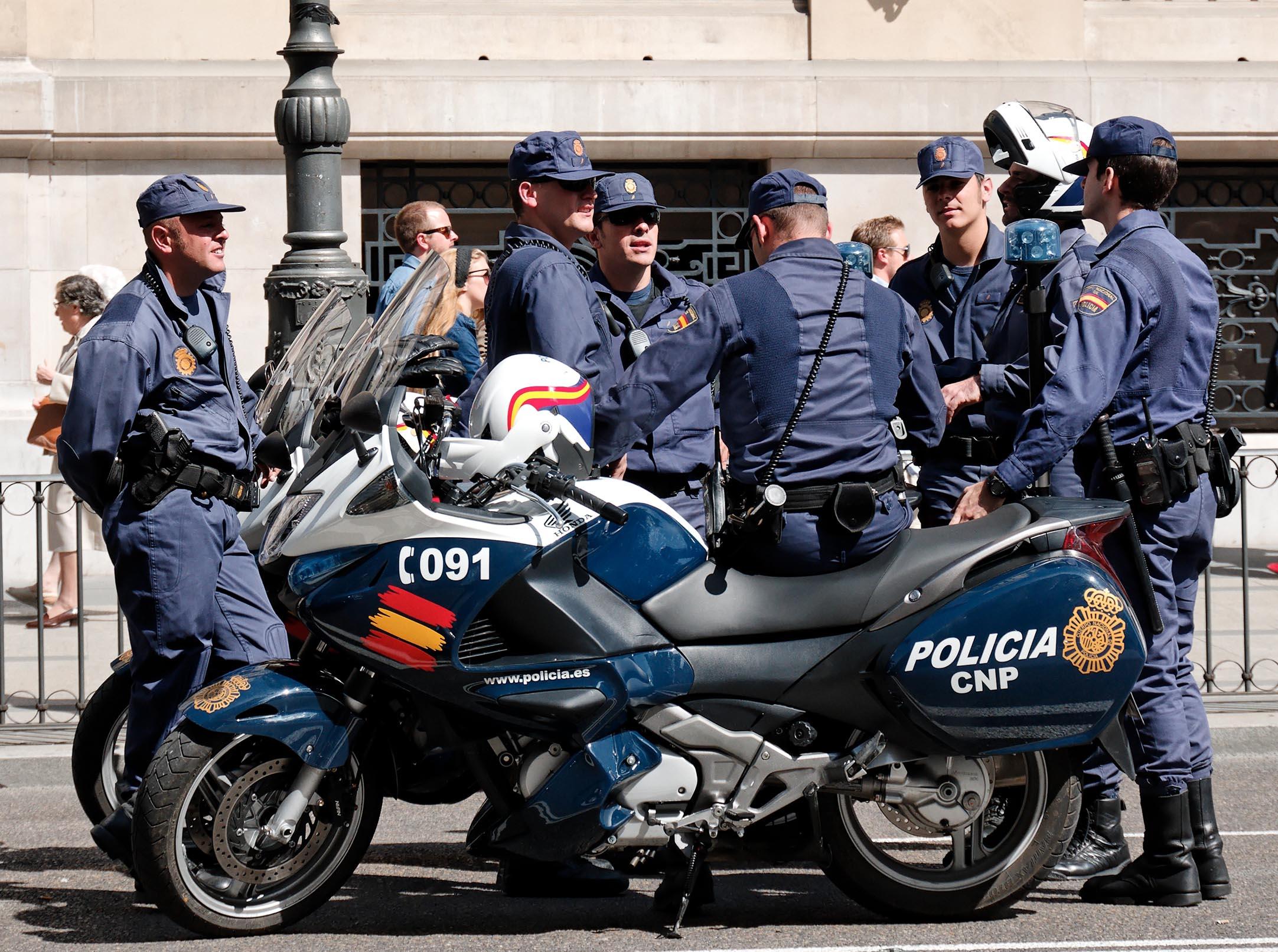 Policía Nacional chiringuito financiero 1 Chiringuito detectado, chiringuito cerrado