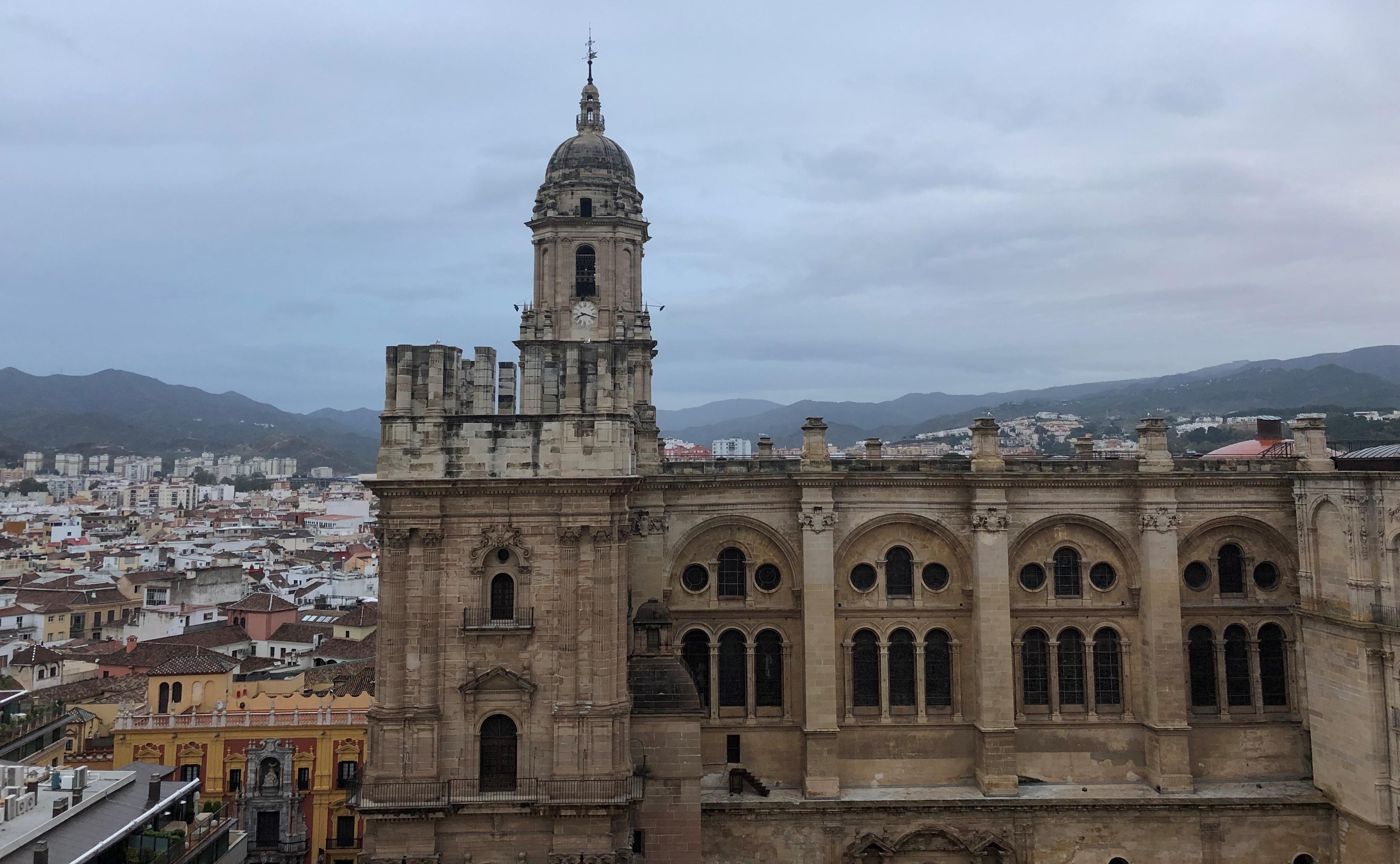Catedral de Málaga Edufinet inaugura el Congreso Internacional de Educación Financiera en Málaga