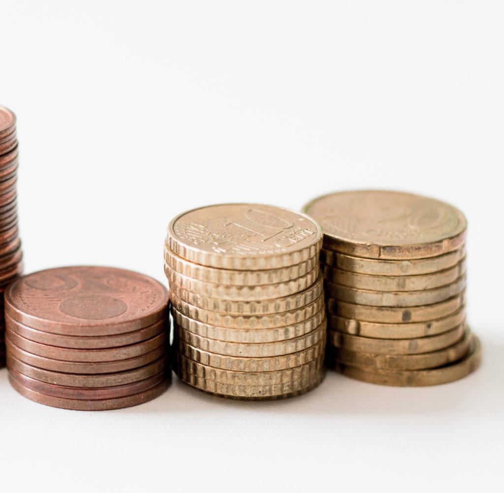 pago efectivo 1024x1002 El Banco Central Europeo considera que las medidas de limitaciones al pago en efectivo son excesivas y desproporcionadas
