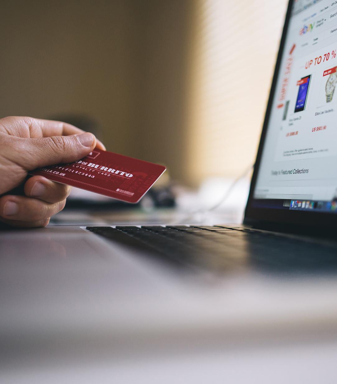 pago tarjeta cuenta básica El Gobierno regula la cuenta básica,  los traspasos de cuentas y la información de los comparadores