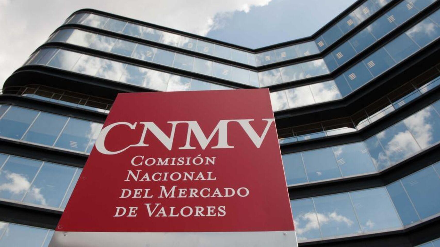 CNMV Zunzunegui La CNMV establece como plazo máximo para la remisión de la información anual de costes y gastos a los clientes el 31 de marzo