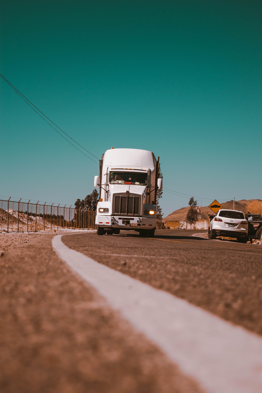 orlando leon 4H I HRjkyA unsplash Reclamaciones contra el cártel de los camiones
