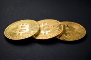 bitcoin 300x200 Legal Flash