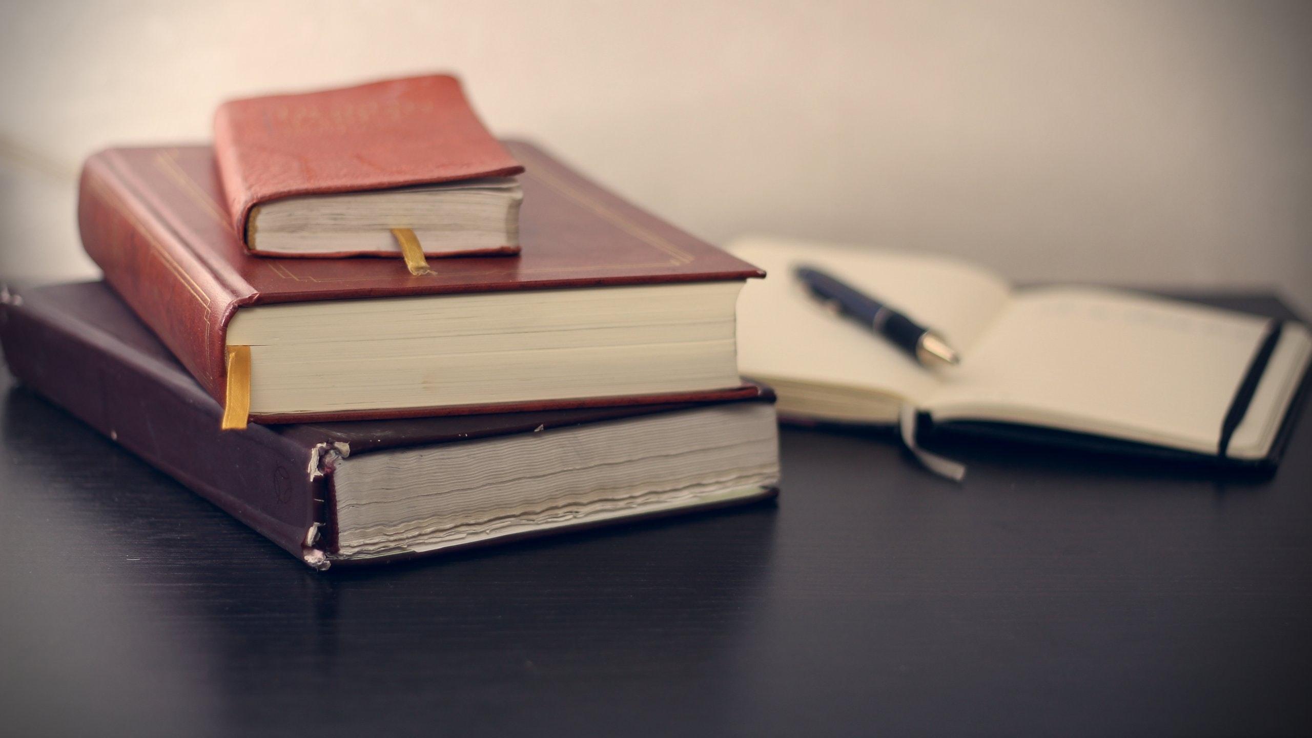 mikhail pavstyuk EKy2OTRPXdw unsplash 1 Preguntas y respuestas sobre el borrador del Reglamento de lasInstituciones de Inversión Colectiva